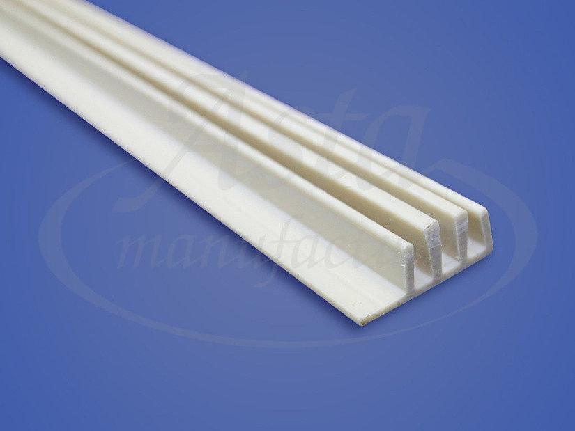 пластиковый разделительный багет для натяжных потолков