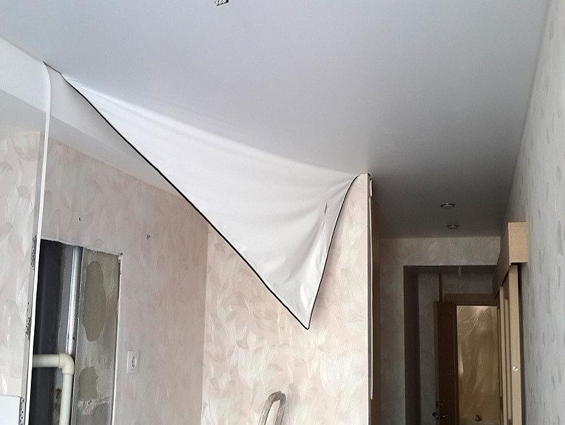 частичный демонтаж потолка