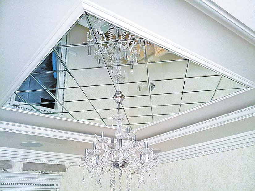 потолок из зеркал