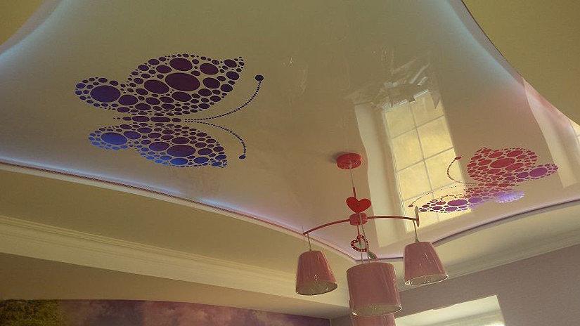 Натяжной потолок с художественной перфорацией