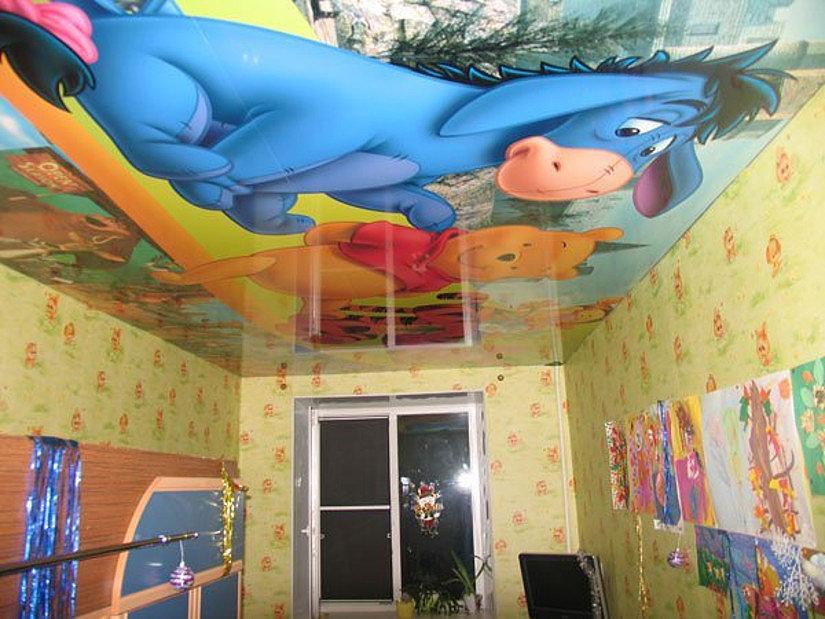 Натяжной потолок с фотопечатью детских картинок