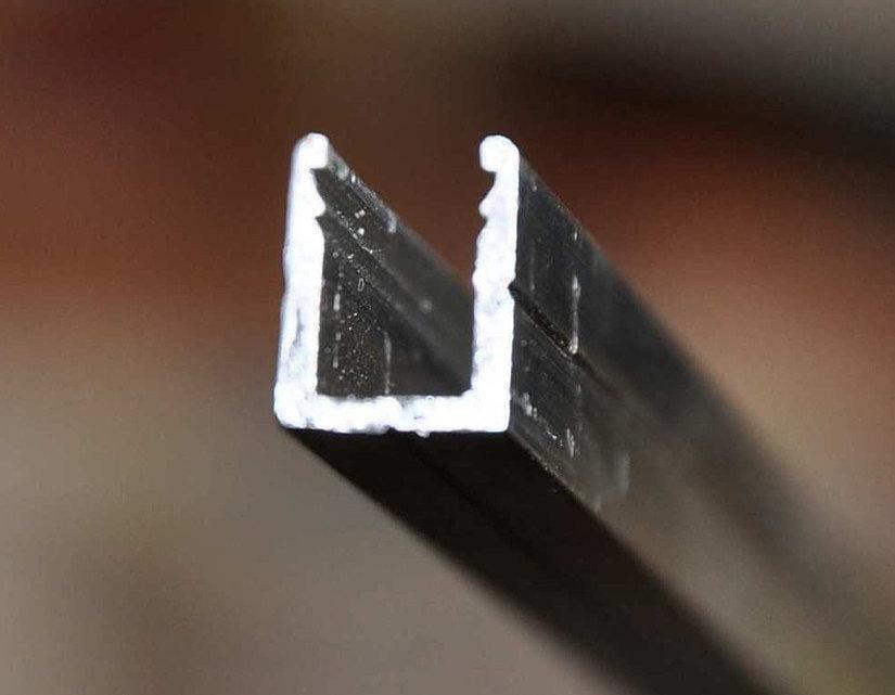 Профиль для штапикового монтажа натяжных потолков