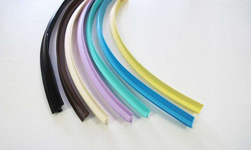 Маскировочная лента для натяжных потолков имеет большой цветовой ассортимент