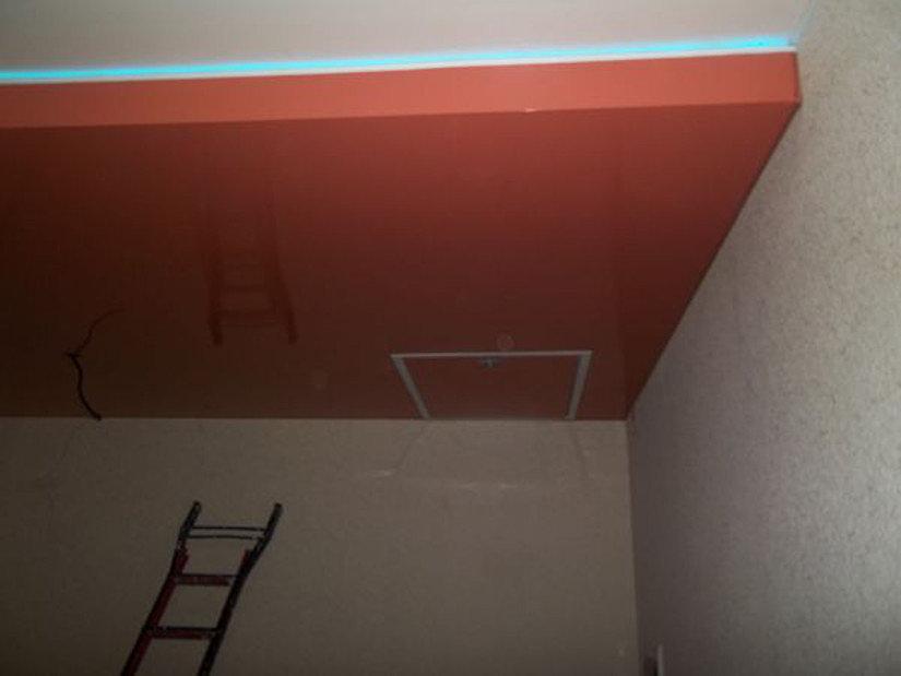 люк в потолке