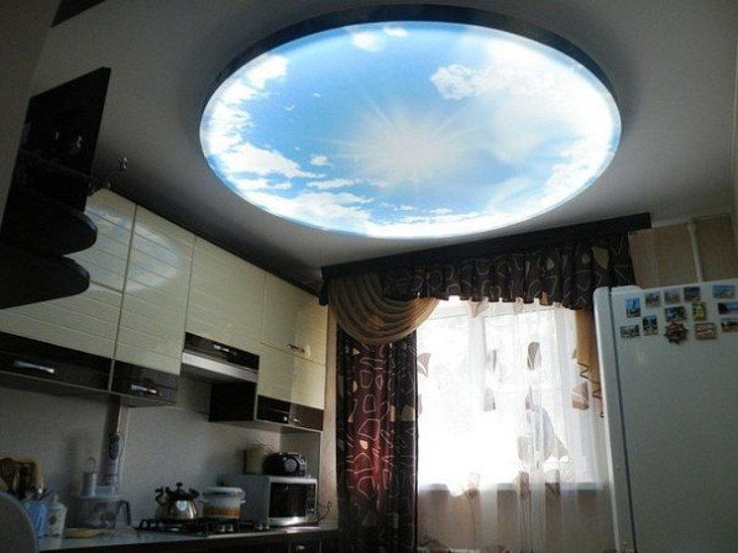Светящийся потолок Double Vision на кухне