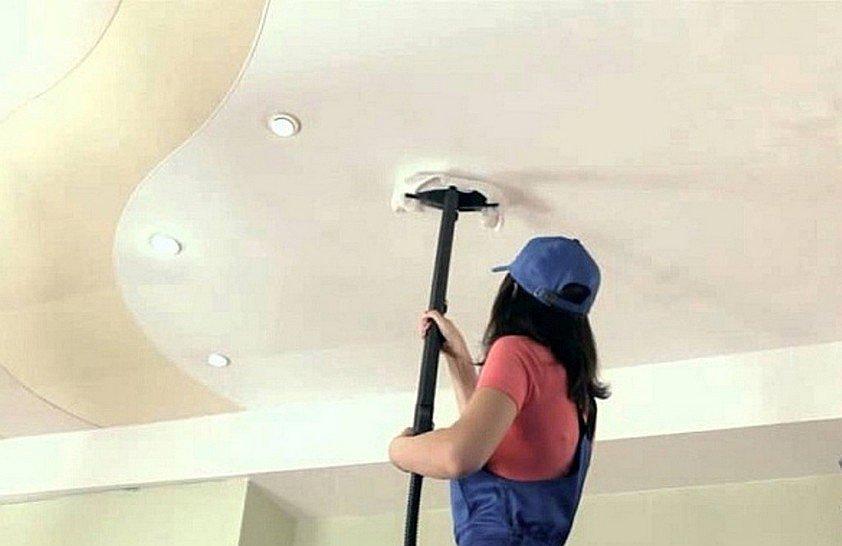 Уход за натяжным потолком с помощью пароочистителя