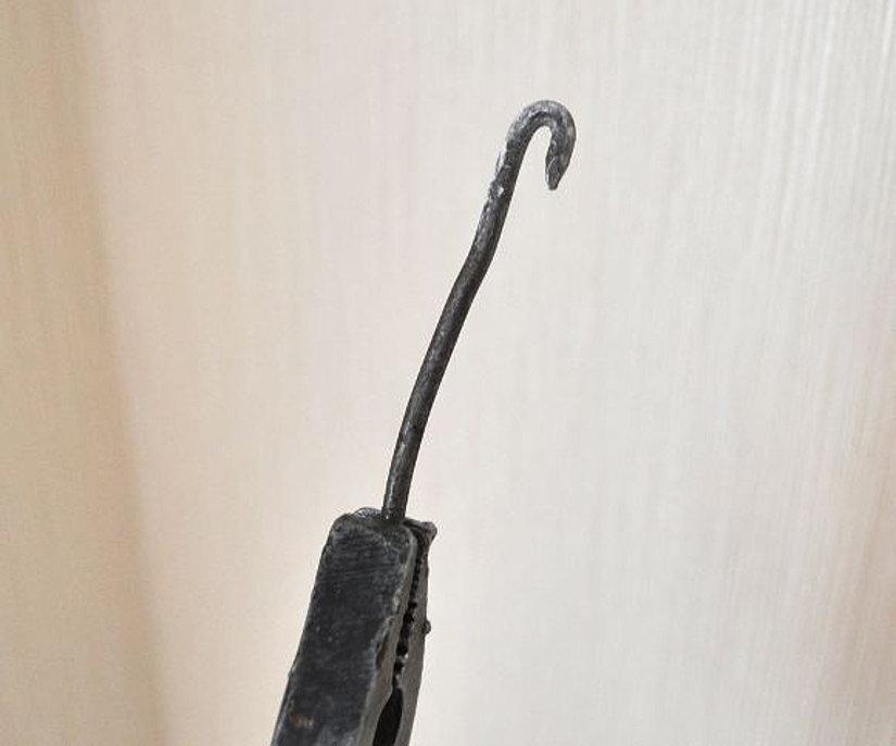 самодельный крюк для демонтажа потолка