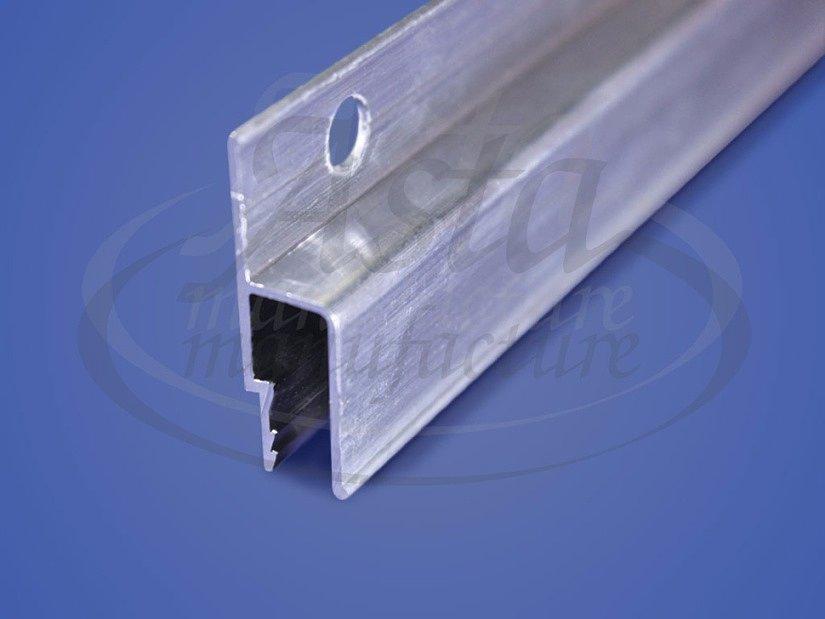 Стеновой профиль с гарпунной системой фиксации ПВХ-пленки