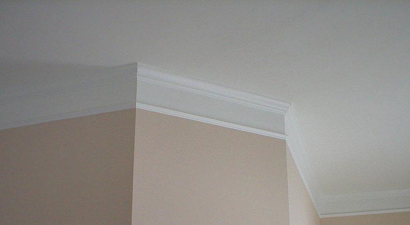 Плинтус для потолка