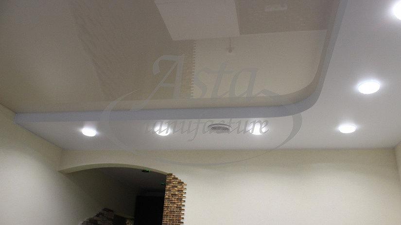 многоуровневый потолок в коридоре