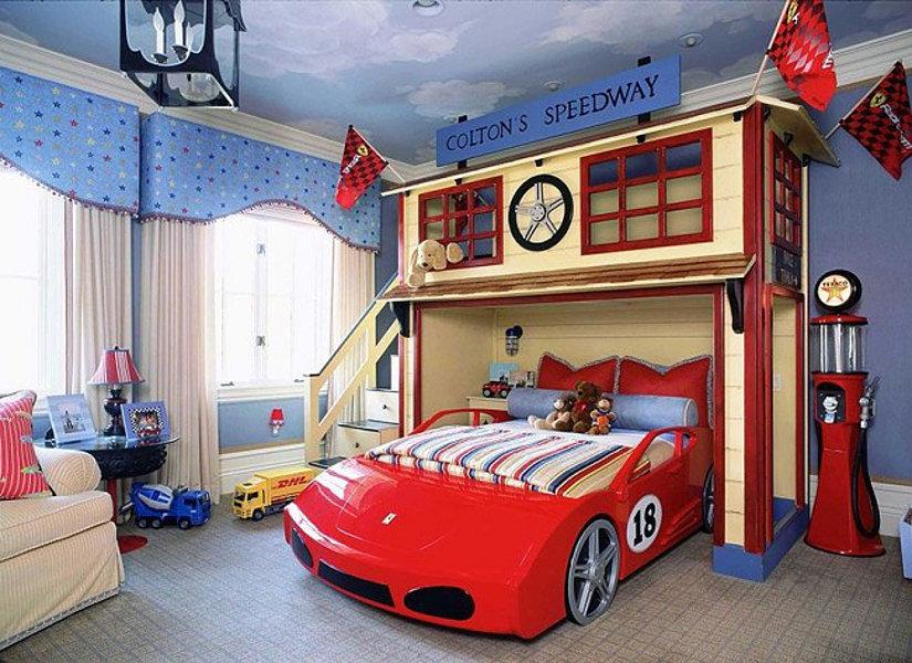 натяжной потолок в комнате мальчика
