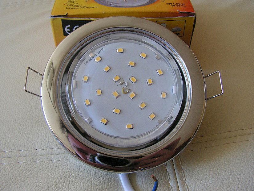 светильники Экола для натяжного потолка