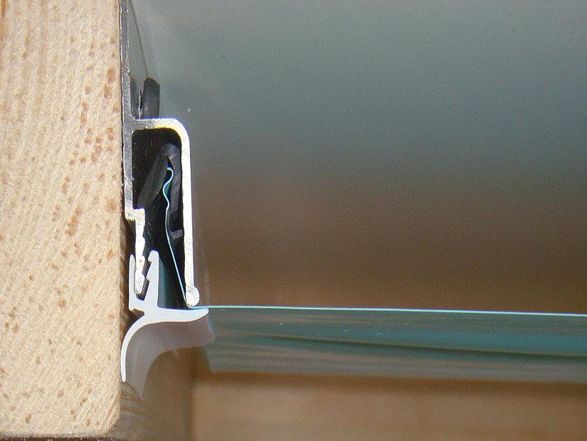 схема монтажа маскировочной ленты на потолок