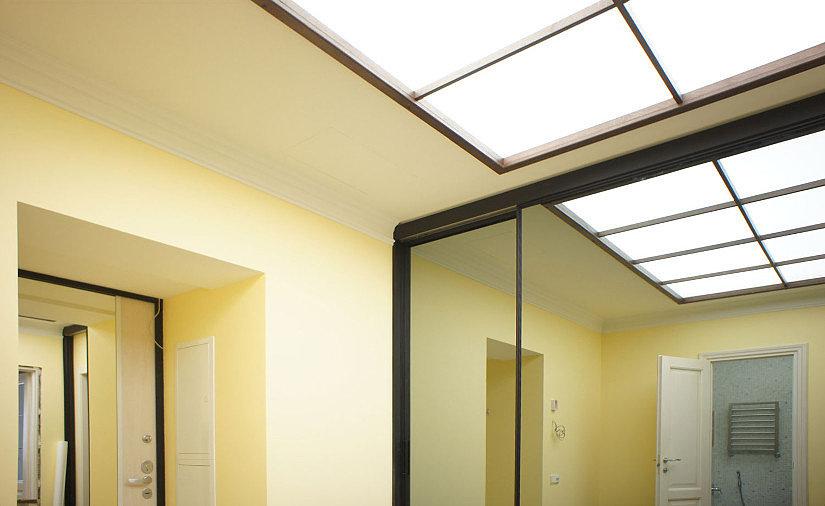 светопрозрачный светящийся потолок