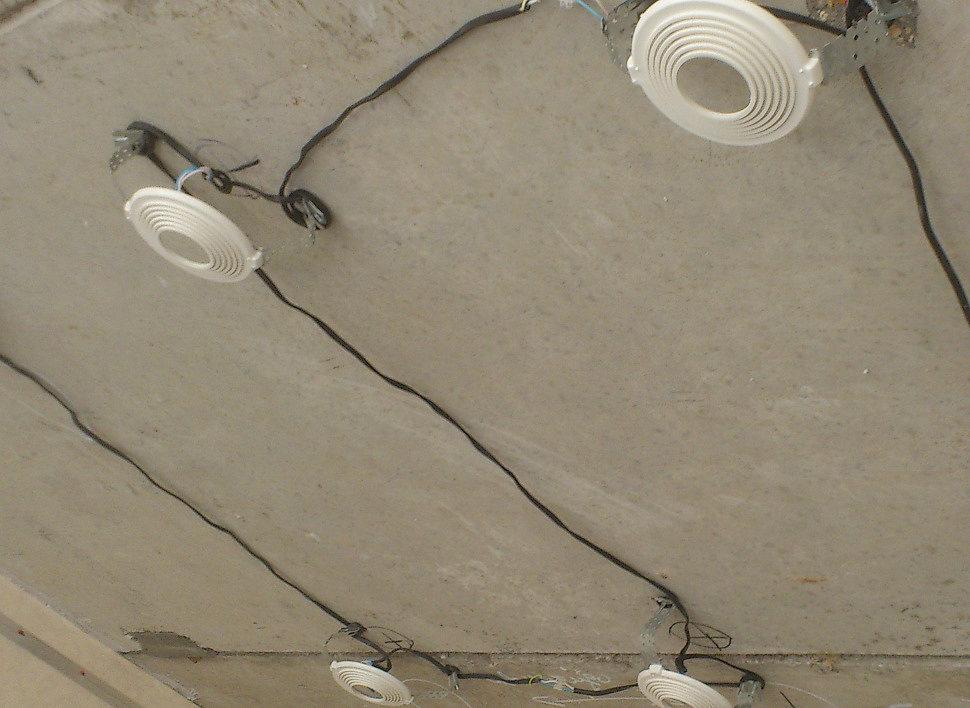 Закладная для точечных светильников на базовом потолке
