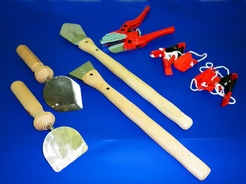 Основные инструменты для самостоятельного монтажа натяжных потолков