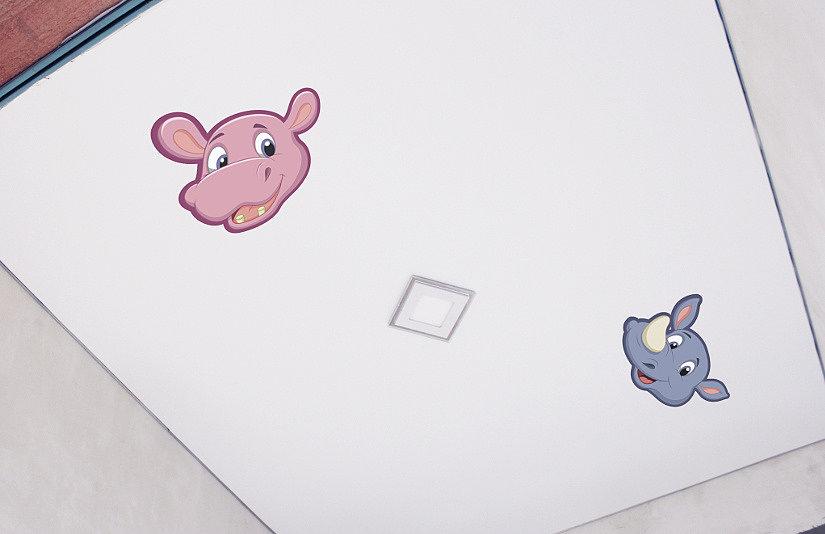 Наклейки на потолке в детской