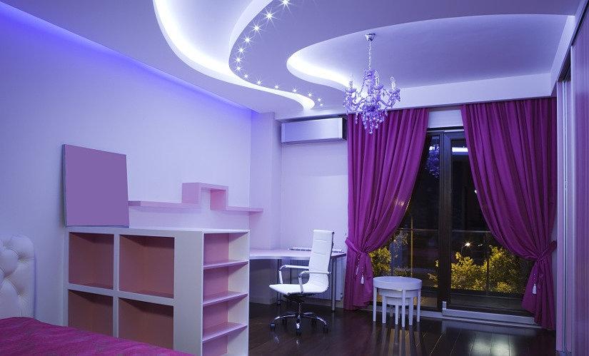 красивый сатиновый натяжной потолок