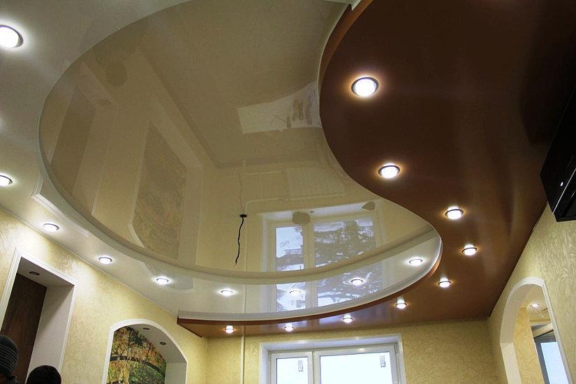Натяжной двухуровневый потолок в форме волны