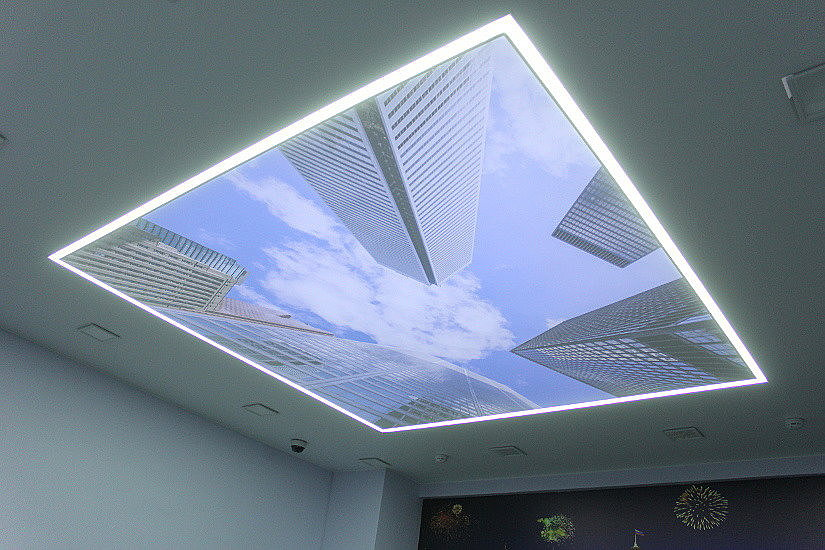 Парящий натяжной потолок с технологией double vision