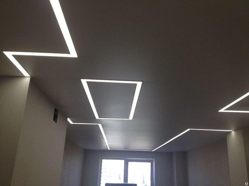 """""""парящие линии""""- натяжной потолок"""