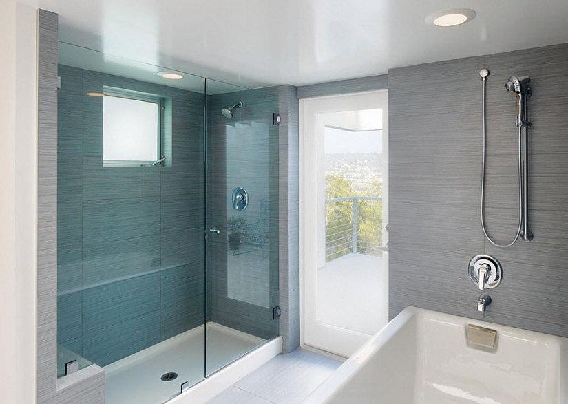 Натяжные потолки- лучшее решение для потолка ванной комнаты