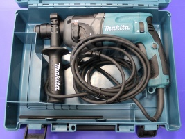 Аренда инструмента. Перфоратор Makita HR 1830 SDS-plus 18 мм